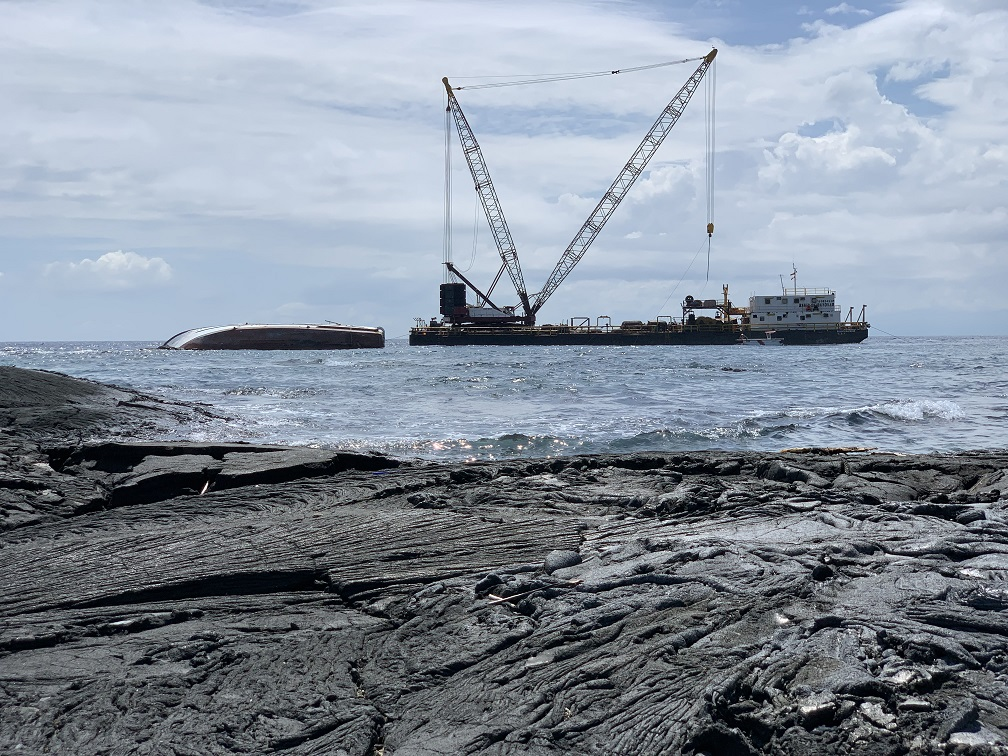 galapagos wreck removal